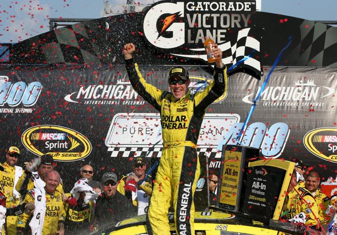 NASCAR - Michigan 2015 - Matt Kenseth en el Victory Lane