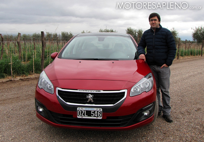 Peugeot - Sebastian Sicardi en la Presentacion de los 308 y 408 en Mendoza
