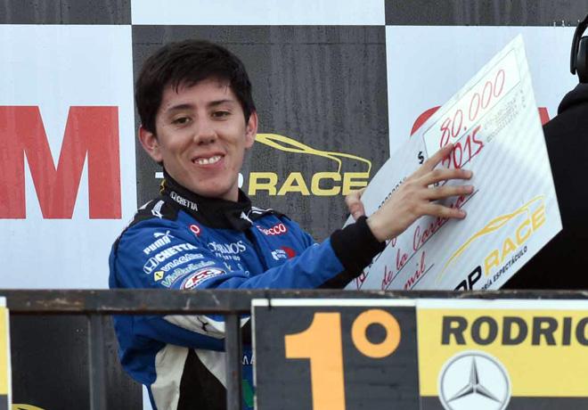 Top Race - Alta Gracia 2015 - Carrera 1 - Matias Rodriguez en el Podio