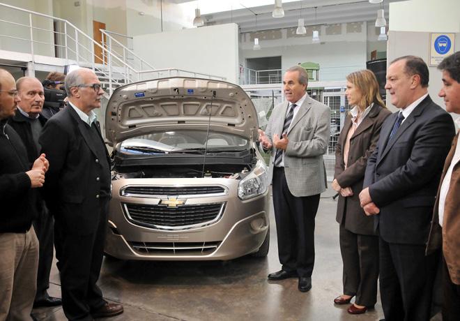 GM - Donacion de vehiculo Chevrolet en la ciudad de Bahia Blanca
