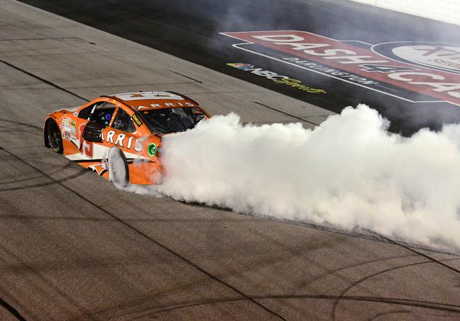 NASCAR - Darlington 2015 - Carl Edwards - Toyota Camry