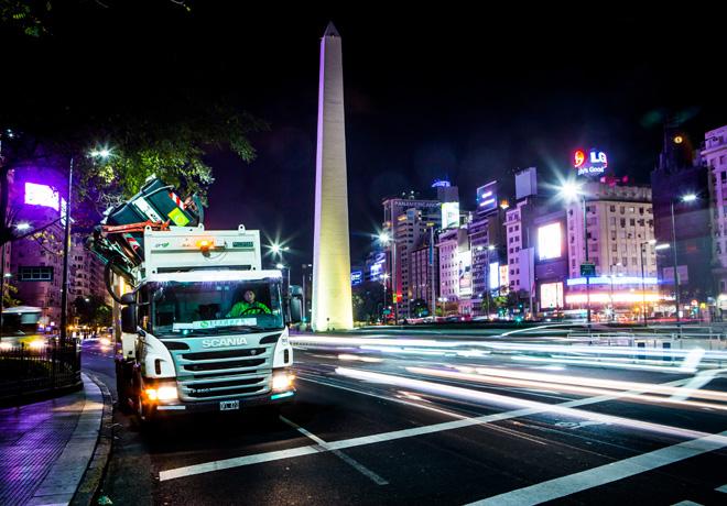 Scania vende mas de 100 unidades para recoleccion de residuos en CABA 1