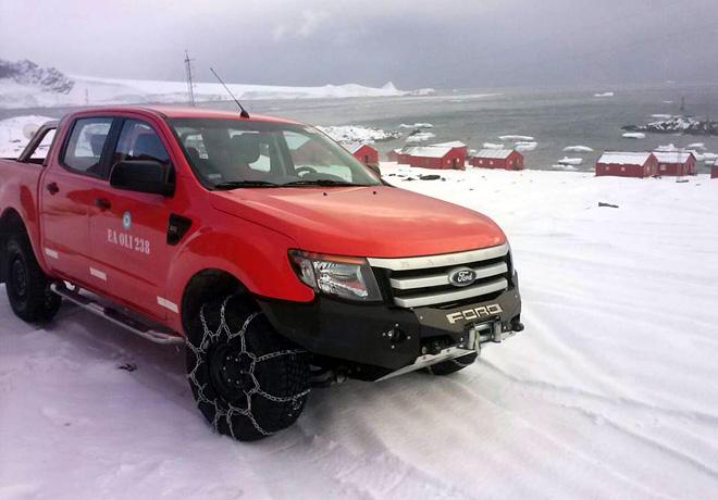 Ford Ranger - unico vehiculo civil en territorio antartico argentino 2