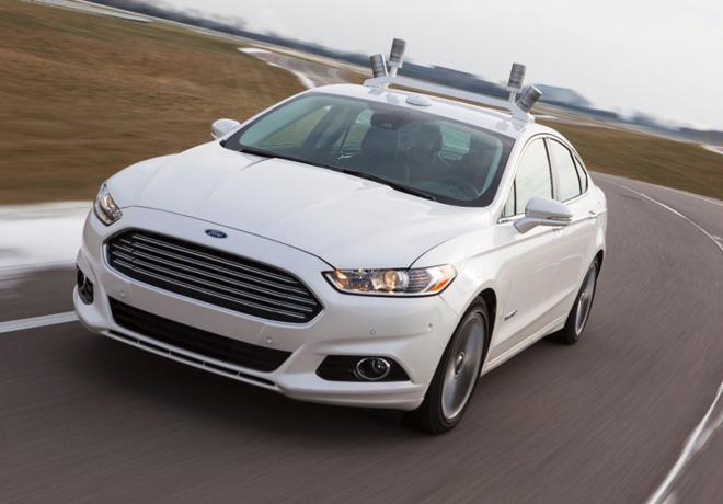 Ford invierte en investigaciones para la creacion del auto Inteligente del futuro 1