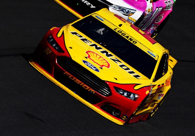 NASCAR - Charlotte 2015 - Joey Logano - Ford Fusion