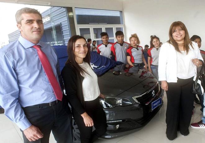 PSA Peugeot Citroen Argentina - Donacion Salta