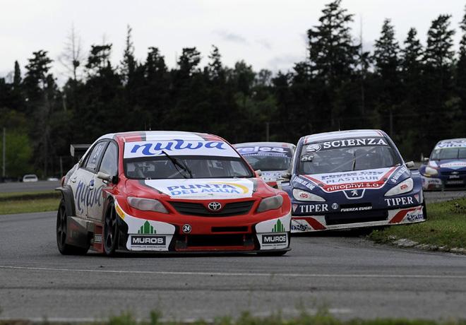 TC2000 - Rio Cuarto 2015 - Carrera Sprint - Tomas Gagliardi Genne - Toyota Corolla - Alessandro Salerno - Peugeot 408