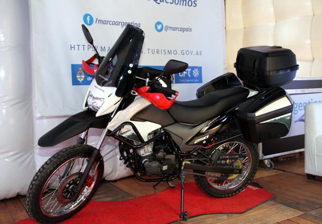 Zanella presento su nueva moto ZR 250 Edicion Fiambala GTA en la Feria Internacional de Turismo 2