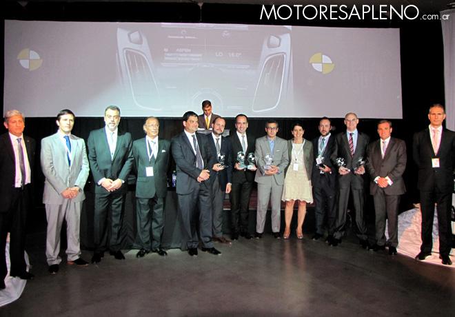 CESVI distinguió a los Autos Más Seguros de 2015.