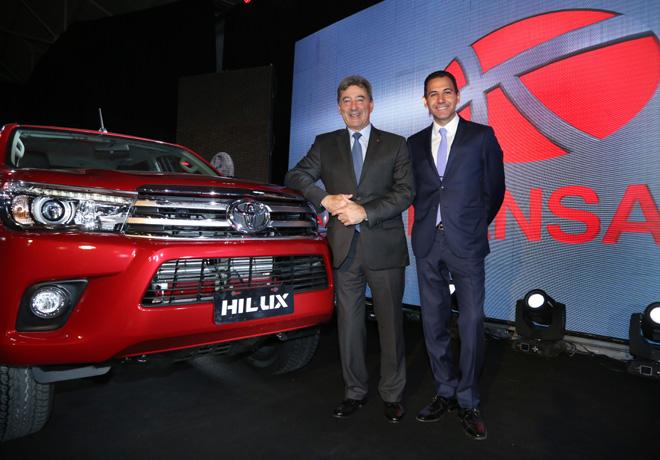 La concesionaria Kansai presentó la nueva Toyota Hilux.