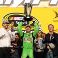 NASCAR - Homestead 2015 - Kyle Busch Campeon en el Victory Lane