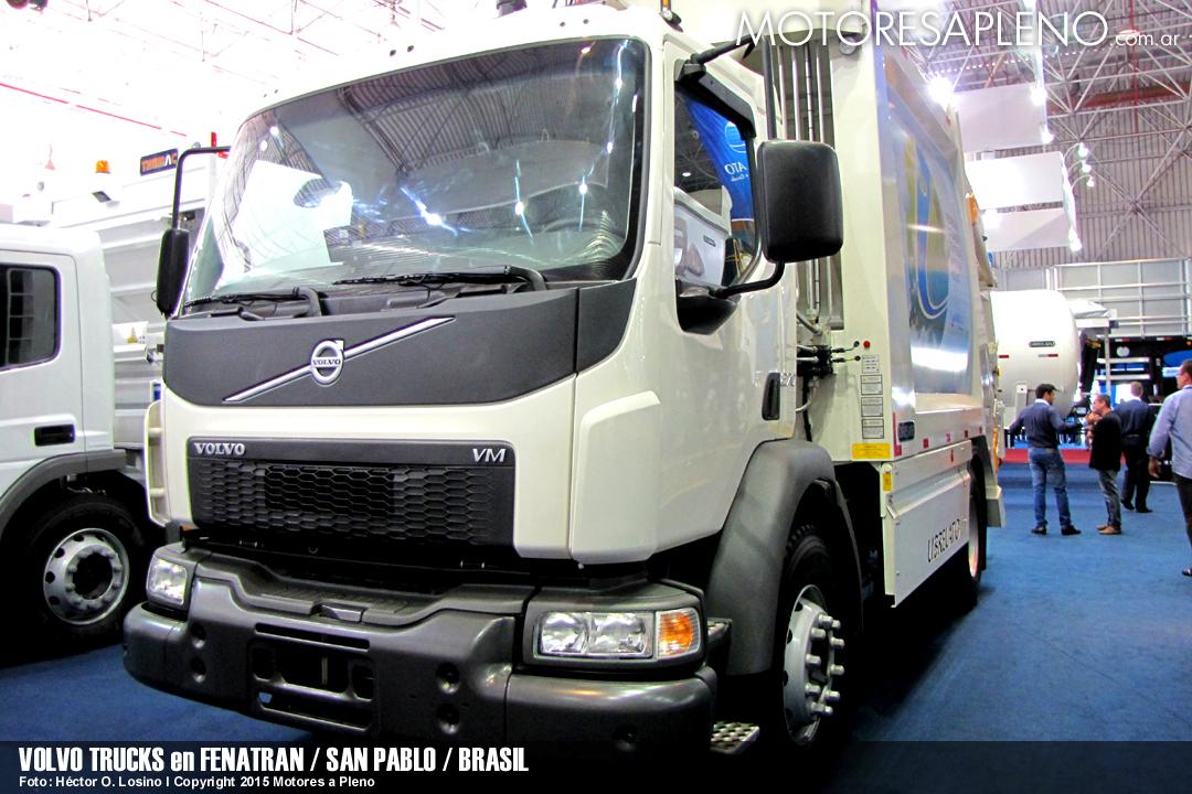 Volvo Trucks en FENATRAN 003