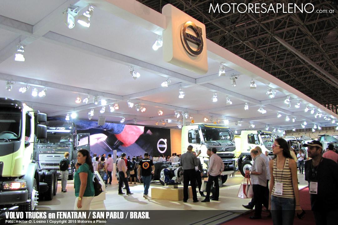 Volvo Trucks en FENATRAN 006