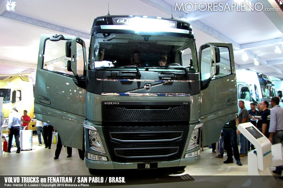 Volvo Trucks en FENATRAN 007