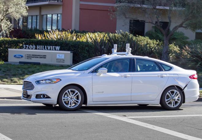 Ford comienza a realizar pruebas con vehiculos autonomos en rutas de California 1