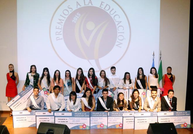 Se llevo a cabo la 17a edicion de los Premios a la Educacion de FCA Y CNH Industrial 2
