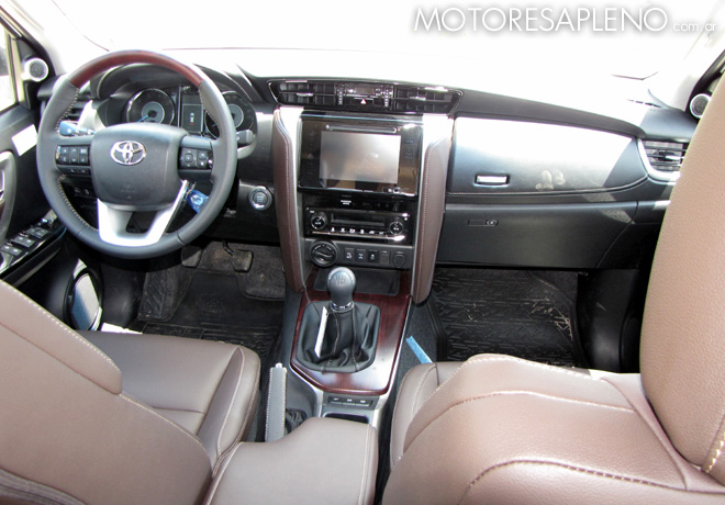 Toyota - Presentacion SW4 03