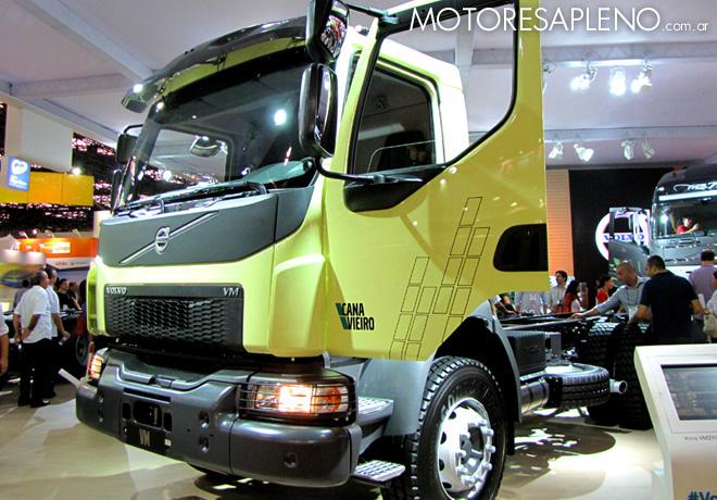 Volvo - Nueva linea de camiones VM 2