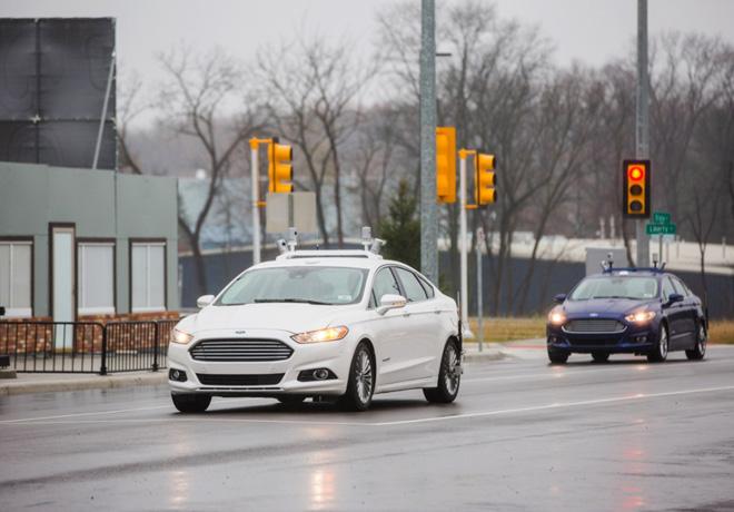 Ford - CES 2016 - Vehiculos Autonomos