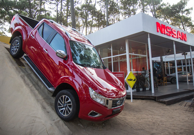 Nissan en Carilo - NP300 Frontier