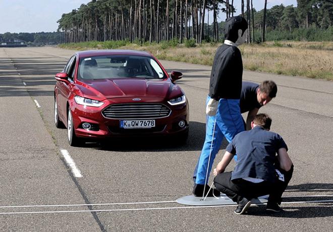 Ford Europa realiza investigacion sobre los habitos de los peatones que pueden afectar su seguridad 2