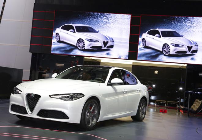 Alfa Romeo Giulia en el Salon de Ginebra 2016 2