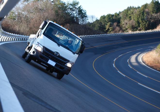 Camiones Hino y la Seguridad Activa y Pasiva 1