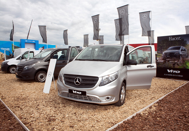 Mercedes-Benz Argentina en Expoagro 2016 2