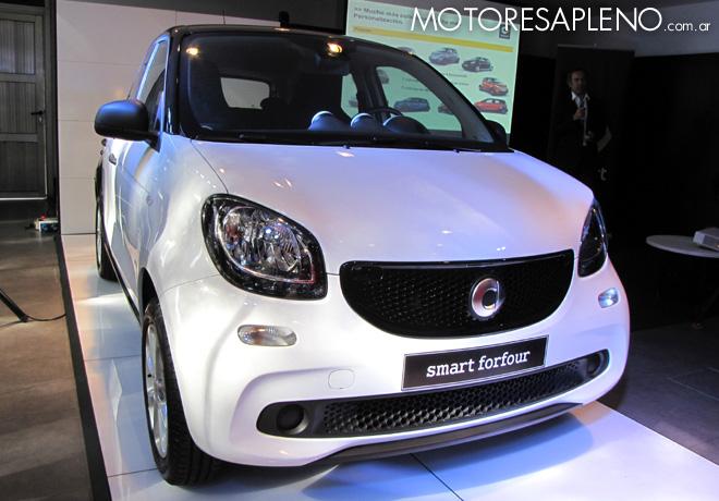 Mercedes-Benz Argentina presento los nuevos smart fortwo y smart forfour 4