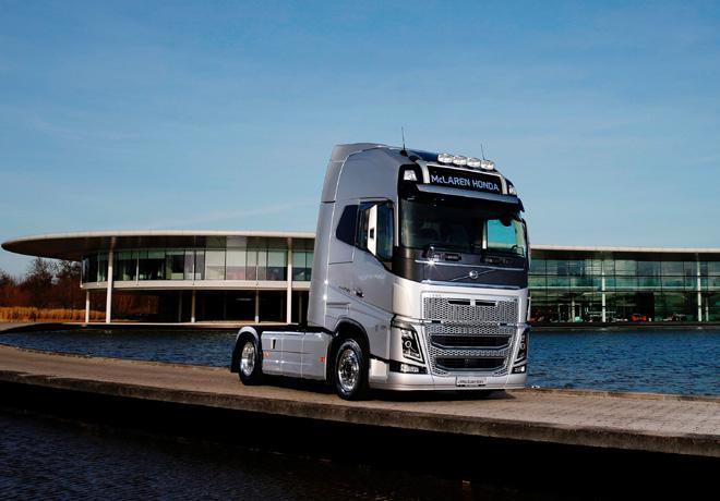 Volvo Trucks - proveedor oficial del equipo McLaren-Honda de Formula 1 1
