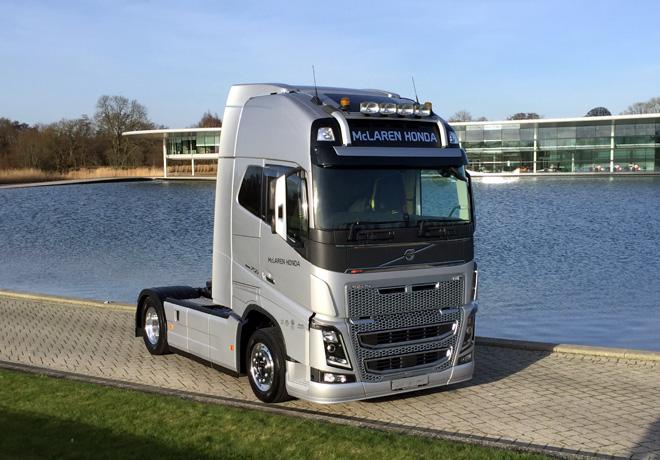Volvo Trucks - proveedor oficial del equipo McLaren-Honda de Formula 1 3