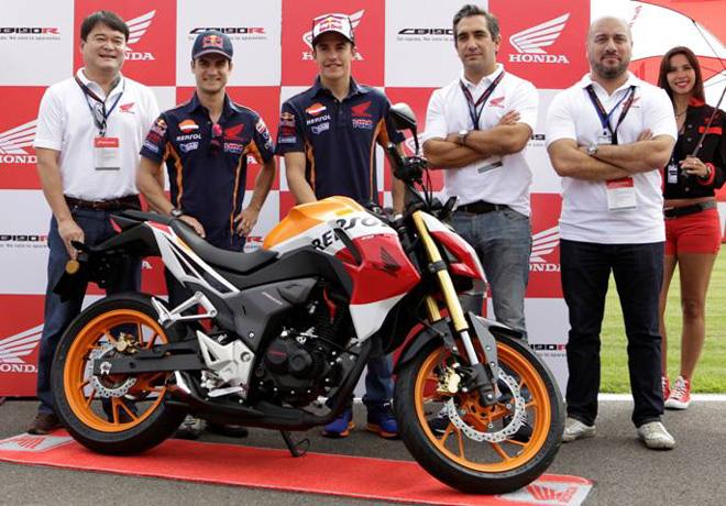 Honda anuncia la produccion de la CB190R junto a Dani Pedrosa y Marc Marquez