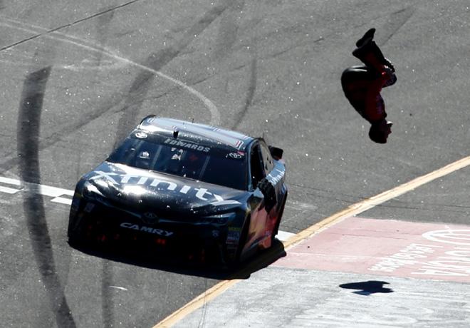NASCAR - Richmond 2016 - Carl Edwards - Toyota Camry