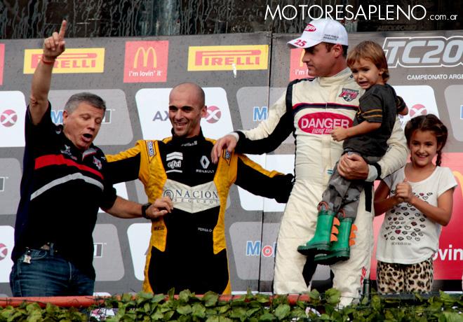 TC2000 - Buenos Aires 2016 - Carrera Sprint - Ruben Salerno - Mariano Pernia - Juan Pablo Rossotti en el Podio