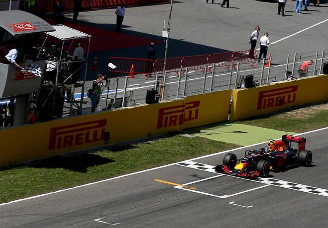 F1 - Espana 2016 - Carrera - Max Verstappen - RedBull