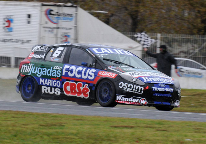 TN - La Plata 2016 - C3 - Esteban Tuero - Ford Focus