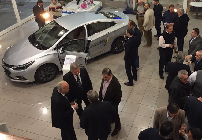 Chevrolet - Presentacion del Nuevo Cruze en Concesionarios de Argentina