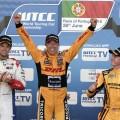WTCC - Vila Real - Portugal 2016 - Carrera 1 - Tom Chilton - Tom Coronel - Nicky Catsburg en el Podio
