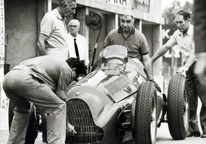 Alfa Romeo - eterna deportividad - Juan Manuel Fangio 1