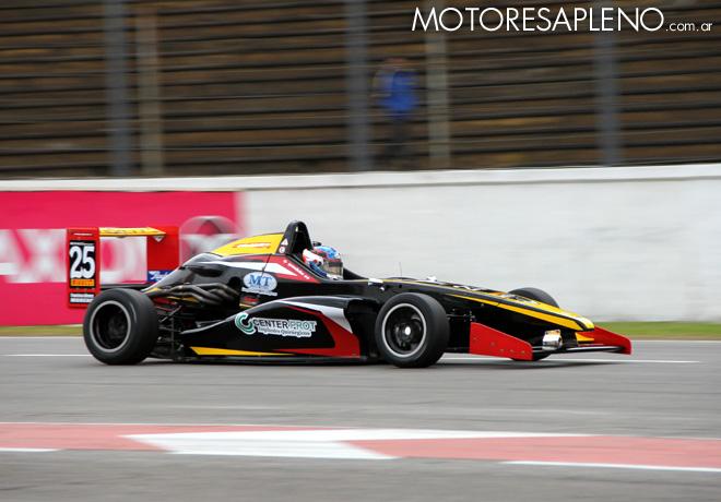 FR20 - Buenos Aires 2016 - Carrera 1 - Gabriel Gandulia - Tito-Renault