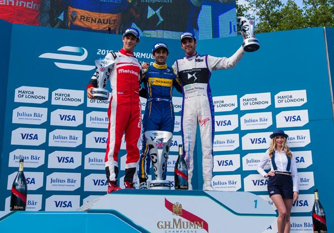 Formula E - Londres - Inglaterra 2016 - Carrera 1 - Bruno Senna - Nicolas Prost - Jean-Eric Vergne en el Podio
