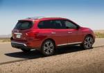 Nissan Pathfinder 2017 3