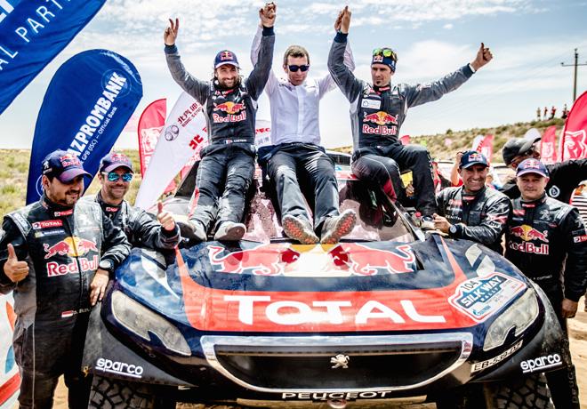 Victoria del Team Peugeot TOTAL en el Silk Way Rally 2016