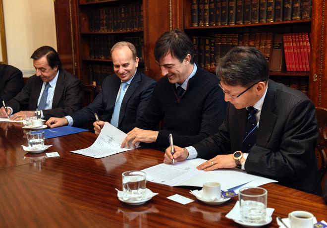 El Grupo PSA firmo un convenio con el Ministerio de Educación y Deportes de la Nacion para el desarrollo de la educacion tecnica en todo el pais