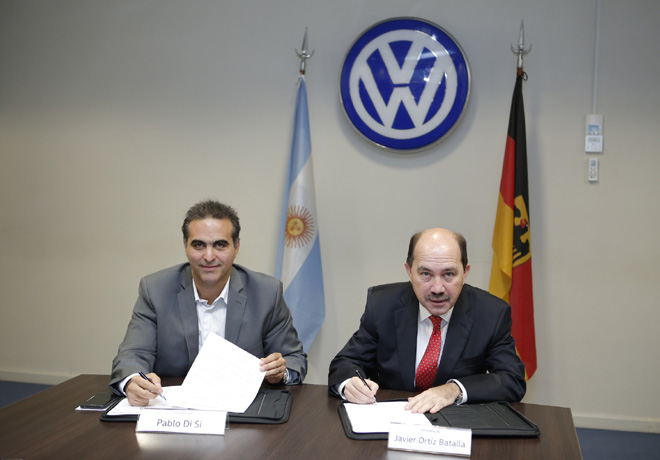 Grupo Volkswagen Argentina firmo acuerdo de financiacion con el Banco Ciudad 1