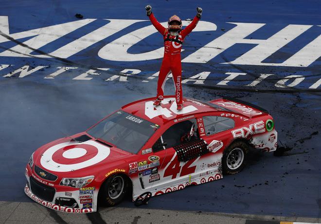 NASCAR - Michigan 2016 - Kyle Larson - Chevrolet SS