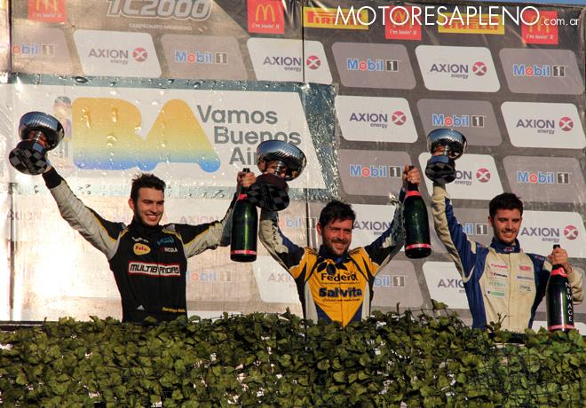 TC2000 - Buenos Aires II 2016 - Carrera Sprint - Santiago Mallo - Pablo Vuyovich - Tomas Cingolani en el Podio