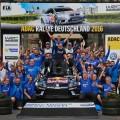 WRC - Alemania 2016 - Final - Sebastien Ogier y el equipo VW en el Podio