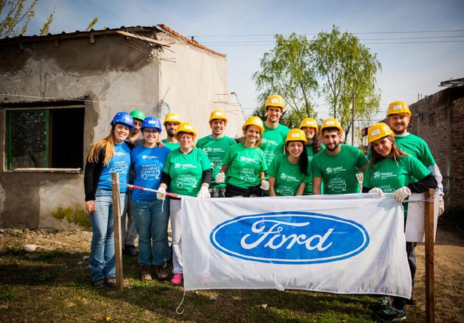 ford-argentina-mes-del-voluntariado-1