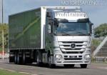 mercedes-benz-pruebas-de-manejo-de-vehiculos-pesados-2